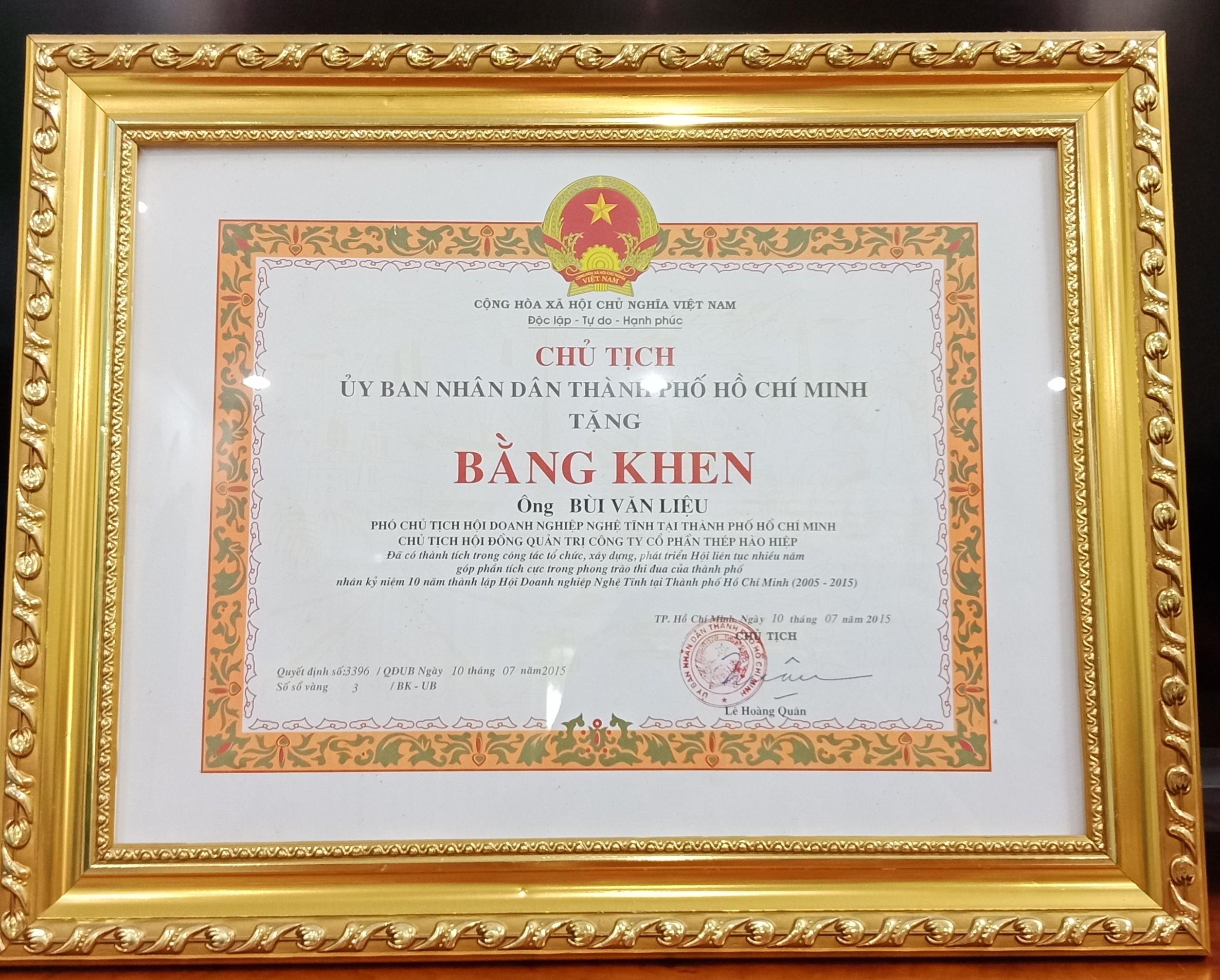Công ty Hào Hiệp được nhận bằng khen từ UBND TP HCM